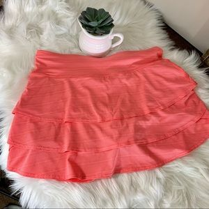 ATHLETA Coral/Melon Micro Dot Ruffled Skort Size M